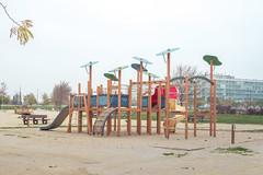 Parque Infantil del Mercadona (Juanedc) Tags: park street city winter espaa calle spain ciudad zaragoza aragon invierno es saragossa parqueinfantil valdespartera
