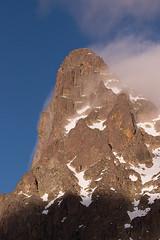 Jean-Pierre rocks (Laurent Echiniscus) Tags: france montagne lacs pyrnes jeanpierre randonne aquitaine laruns ossau picdumidi ayous