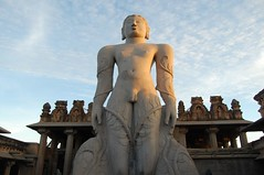 Bahubali in Shravanabelagola (Historystack) Tags: sculpture india art asia earth religion statues middleages solarsystem monoliths milkyway bahubali jainism shravanabelagola 10thcentury religionandphilosophy historyofindia 980s year981