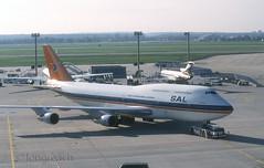 SAL B747 'ZS-SAC' (Longreach - Jonathan McDonnell) Tags: frankfurt scan 1995 boeing 1990s 747 sal frankfurtammain southafricanairways eddf nikoncoolscanved 747300 scanfromaslide suidafrikaanselugdiens 747312 zssac 28091995 1047030