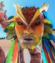 Monday face (Henry der Mops) Tags: carnival peru southamerica cuzco cusco fest karneval farben feiern maske volksfest sdamerika img1193 canoneos500d canonlens100400mm henrydermops mplez