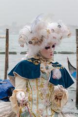 Carnaval Venise 2016-6608 (yvesw_photographies) Tags: italien carnival venice costumes italy costume europa europe italia eu parade chapeaux carnaval venise carnevale venezia venedig carneval italie venitian costum costumi costumé vénitien vénitienne costumés carnavaldevenise2016