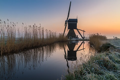 Reflections @ Donkse Laagten (Marcel Tuit | www.marceltuit.nl) Tags: travel winter white cold holland reflection mill me water windmill sunrise canon landscape eos outdoor hiking wandelen nederland thenetherlands 7d polder wit nederlands alblasserwaard molen landschap zonsopgang kou maart reizen koud reflectie rijp vriezen natura2000 broekmolen brandwijk agrarischlandschap law7 marceltuit donkselaagte contactmarceltuitnl wwwmarceltuitnl dendonk