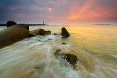 DSC_5495-2 (rhu dua) Tags: nature sunrise nikon sigma wave rgnd