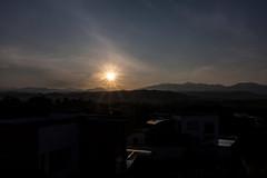 Salida del sol 1 (Jos M. Arboleda) Tags: canon colombia jose paisaje amanecer tamron montaas arboleda salidadelsol popayn eosm josmarboledac 18200mmf3563di3vcb011