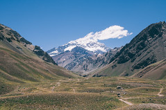 Andrew Unwin (Andrew Unwin) Tags: chile mountains argentina america landscape south andrew highest unwin aconcagua