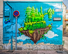 carpentras graffiti (-liyen-) Tags: graffiti france carpentras colourful wall outdoors summer provence art whimsical strange fujixt1 challengeyouwinner cyunanimous cy2