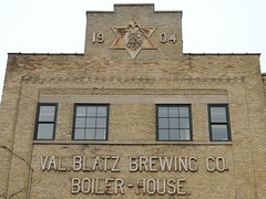 Former Blatz Brewery (Chicago Man) Tags: old usa history industry beer wisconsin brewing closed beers val brewery milwaukee former brewer blatz breweriana valblatz blatzbewery