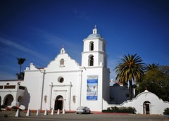 Mission San Luis Rey de Francia (France-) Tags: building church architecture oceanside palmtree mission difice glise blanc palmier 201 californie spanishmission sanluisreydefrancia