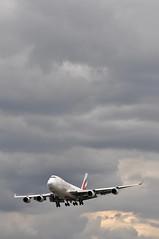EK9901 DWC-LHR (A380spotter) Tags: london heathrow uae tay landing finals ek boeing arrival approach 747 lhr  3v egll emiratesairline 27r emiratesskycargo oothc runway27r shortfinals 400erf ek9901 operatedbytntairwayssa dwclhr