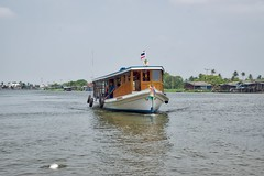Tourist boat next to Ko Kret, an island in the Chao Phraya river near Bangkok, Thailand (UweBKK (α 77 on )) Tags: trip water river thailand flow island boat asia tour bangkok sony tourist ko southeast alpha dslr chao koh 77 slt pak kret phraya kokret kohkret pakkret