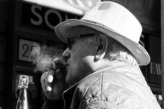 Madrid - Cigar (zane) Tags: madrid street spain cigar