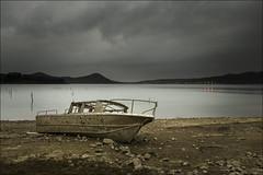 Varada... (Jose Cantorna) Tags: agua nikon barca pantano cielo alava euskadi bote araba serenidad d610