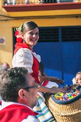 (David Macas) Tags: valencia caballos fiesta pueblo tradicin caramelos 2016 patronal sanantonioabad enguera sanisidrolabrador