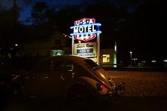 USA Motel, Berlin Turnpike. (63vwdriver) Tags: usa berlin sign vw night vintage bug volkswagen neon connecticut beetle ct motel turnpike newington 1964