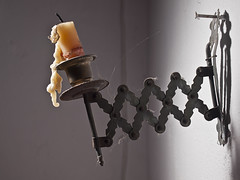 Candelero antiguo. (cachanico) Tags: flash olympus zaragoza chandelier candlestick e30 castial nissin candelero candeliere aragn daroca zd1454 1454mm difusor di466 nissindi466 cachanico