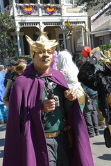 Socit de Ste. Anne 073 (Omunene) Tags: costumes party fun neworleans parade alcohol mardigras partytime faubourgmarigny licentiousness neworleansmardigras walkingparade socitdesteanne mardigras2016 alcoholfueledlicentiousness roylstreet