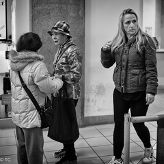 DSC01071-Edit.jpg (Terry Cioni) Tags: vancouver chinatown sony streetphotography tc tinseltown sonyrx1rm2