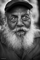 Street portrait (Fredo de Luna) Tags: life street plaza old travel portrait people blackandwhite man male art latinamerica face hat vertical closeup work mexico real outdoors ojo person photography one eyes friend alone exterior adult gente bokeh head ngc working culture lifestyle streetportrait streetlife oldman skills clothes kind mexican identity human experience portraiture wise tamaulipas editorial worker dailylife job oneperson mainsquare oneman reynosa travelphotography realpeople humanface mexicanculture headcovered traditionallifestyle realperson natgeofacesoftheworld yahoo:yourpictures=closeup manintheplaza yahooyourpictures