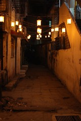 figured out the proper exposure for this lovely lamp lit alley (olive witch) Tags: light india night outdoors alley january bombay portfolio mumbai passage sodium bandra 2016 jan16 abeerhoque