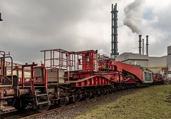 0475_2016_03_06_Duisburg_Hochfeld_NCS_970_0_004_Yp_155_5_100_Gbs_255_Gerätewagen_zu_997_2_901_Uaai_839 (ruhrpott.sprinter) Tags: railroad train germany logo deutschland diesel outdoor natur eisenbahn rail zug cargo passenger heavy fret duisburg ruhr ruhrgebiet freight locomotives metropole lokomotive 295 stadtwerke sprinter ruhrpott hochfeld hcs güter ncs 839 trafo lepper reisezug duisport cargoservice ellok uaai duisportrail buvl