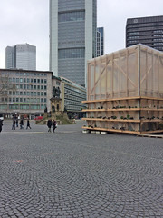 Zukunftspavillon Frankfurt (bcmng) Tags: frankfurt goethe frankfurtmain commerzbank japancenter goethehaus henningerturm frankfurtskyline meixnerschlterwendt frankfurtskyscraper meixnerschlterwendtarchitekten zukunftspavillon ianshawarchitekt goetheplatzfrankfurt architektursommerfrankfurt