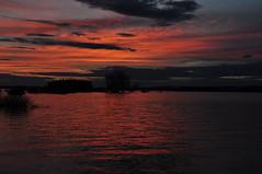 DSC_0153 Atardecer en el pantano de La Sotonera (David Barrio Lpez) Tags: sunset espaa atardecer spain nikon huesca pantano aragon bluehour embalse d90 hoyadehuesca altoaragon nikond90 horaazul davidbarrio lasotonera planadeuesca davidbarriolpez