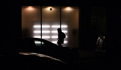 near the stock market district (art-light-project by Steven R.) Tags: street photography steve streetphotography streetlife architektur fujifilm steven stations streetphotos gasse brgersteig xe1 stevenr strasenfotografie xf1855mmf284 artlightproject