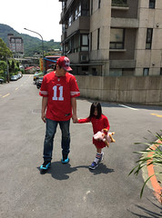 Quality Time (Zorie Huang) Tags: portrait girl kid child daughter 49ers jersey fatheranddaughter dadanddaughter holdhands streetsnap zorie iphonecamera aj12gammablue
