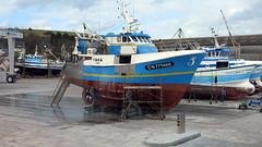 Short n' Stubby (daviddb) Tags: boat fishing hull cradle hydraulic refurb