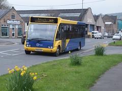 TM Travel 451 Matlock (Guy Arab UF) Tags: travel bus buses derbyshire 451 trent solo tm barton matlock livery optare kinchbus wellglade m920 wellgladegroup fe02kdz