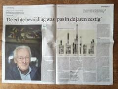 Trouw over 50 jaar D66 (Comicbase) Tags: trouw d66 politiek 50jaar edospier