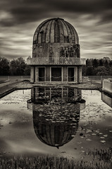 Herstmonceux Observatory (Graeme Andrews) Tags: longexposure pentax nd110 manfrotto190 10stopfilter herstmonceuxobservatory pentaxkr silverefexpro2 herstmonceuxobservatorysciencecentre