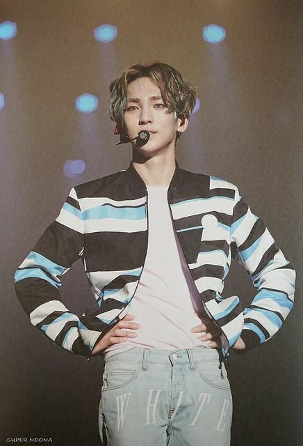 160421 SHINee @ Photobook SHINee World Concert IV 26704614155_e3ccc57ddc_z