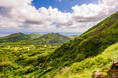 around Oahu (Edi Bhler) Tags: sea sky mountain nature berg clouds meer natur himmel wolken waters gewsser 28300mmf3556 nikond800 2015hawaii oahulm