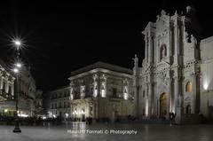 Siracusa - Duomo (Maurizio Formati) Tags: city light urban italy architecture night square italia cathedral sicily piazza athena tample architettura sicilia siracusa mayrizioformati