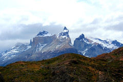 Cuernos del Paine (Matias Larenas Trucco) Tags: chile patagonia naturaleza mountains nature del trekking hiking south granite sur senderismo cuernos montañas paine magallanes chilean granito