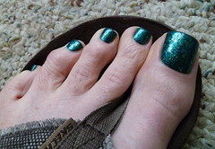 Sinful Colors - Nail Junkie (toepaintguy) Tags: she boy man sexy male men guy green feet colors beautiful glitter kids fun foot amazing cool nice perfect paint pretty masculine sandals painted gorgeous nail great style polish mani glossy attractive finish stunning manicure pedicure he sandal polished stylish paints lacquer sinful pedi lacquered polishes