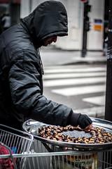 Vendeur à la sauvette (luciesmeriglio) Tags: street city portrait paris fruit la à place article illegal activity press product marron selling reportage sellers barbès ditalie manioc vendeur atanga sauvette safou curbsider