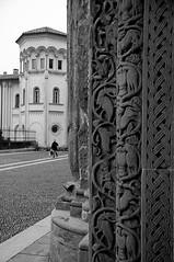 San Michele 1/2 (skutul) Tags: bw italy sculpture church blackwhite nikon italia basilica decoration medieval portal romanesque middleages lombardia bianconero pavia sanmichele d80