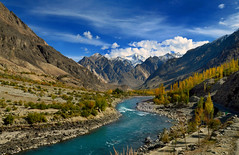 Dazzling Ghizar (NotMicroButSoft (Fallen in Love with Ghizar, GB)) Tags: autumn nature hindukush ghizar gupis gilgitbaltistan