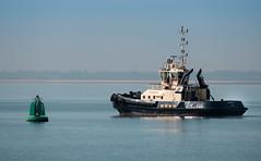 Off to work (Ian_taylor) Tags: sea river working calm orwell tug felixstowe