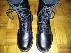 20160318_103032 (rugby#9) Tags: original black feet yellow socks hole boots 10 lace dr air 7 icon wear size stitching comfort sole doc cushion soles dm docs eyelets drmartens bouncing airwair docmartens martens dms blacksocks 1490 cushioned wair 10hole bootsocks doctormarten yellowstitching blackdmsocks dmsocks