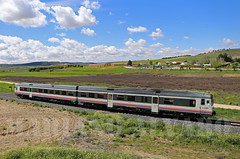 592.201 23.4.2016 (Mariano Alvaro) Tags: madrid valencia tren trenes diesel cuenca 201 directo renfe 592 atomico ontigola
