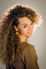 Sandra (1) (Hans Dethmers) Tags: colour beauty studio model flickr fuji longhair vrouw kleur schoonheid krullen langhaar curlings jongevrouw hansdethmers