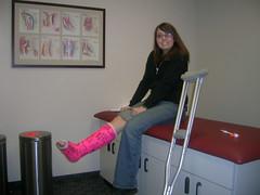 lou4141_116539615_6a6fbc3028 (cb_777a) Tags: usa broken foot toes leg cast crutches ankle