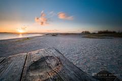 Sunset am Tisch (__db_) Tags: himmel wolken filter haida langzeitbelichtung laboe ndfilter graufilter nd30 reversegradnd reversegnd06 filterhalter