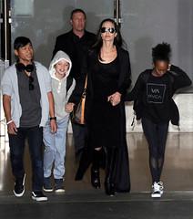 (bigbucks.com.ua) Tags: usa sunglasses losangeles airport daughter son angelinajolie blackdress zaharajoliepitt louisvuittonhandbag shilohjoliepitt paxjoliepitt