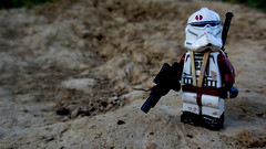 Recon (JAlexanderHutchins) Tags: landscape sand gun maroon dirt clone operator recon