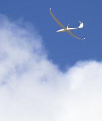 G upp och prva dina vingar! (slogg) Tags: sky cloud canon aero fotosondag iskyn fs160424 segelfllyg